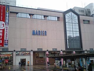 富山駅マリエ
